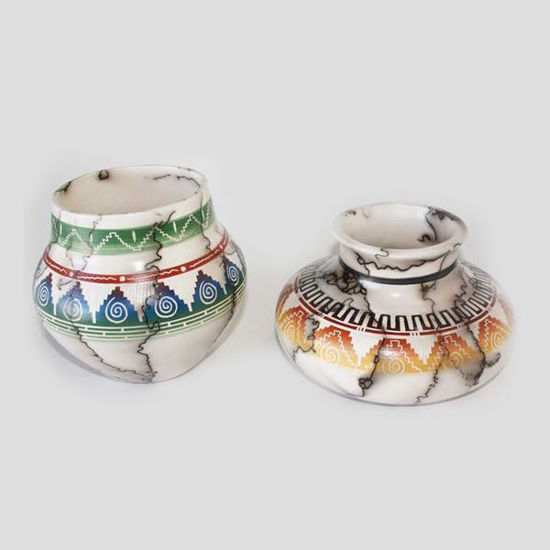 Picture of NAVAJO HORSE HAIR COLORED POTTERY 081