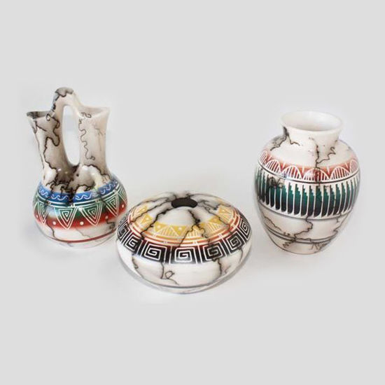 Picture of NAVAJO HORSE HAIR COLORED POTTERY 060