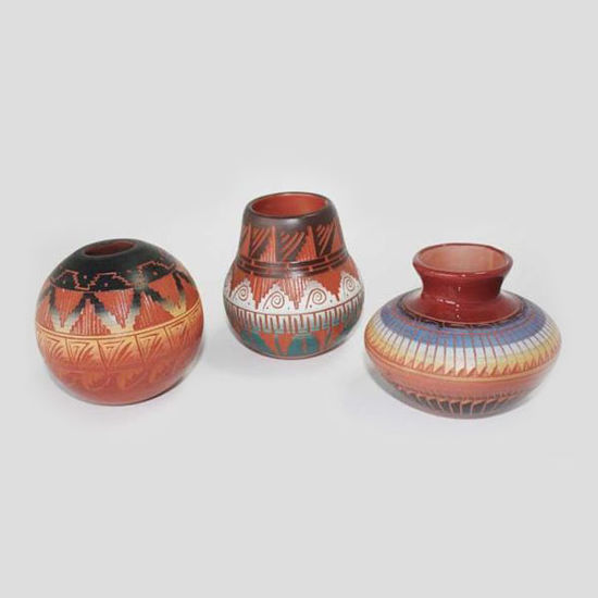 Picture of NAVAJO ETCHED POTTERY 033